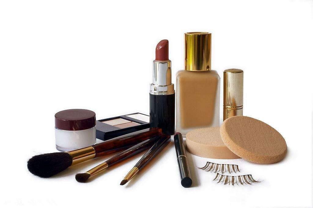用完的化妆品或护肤品属于什么垃圾?