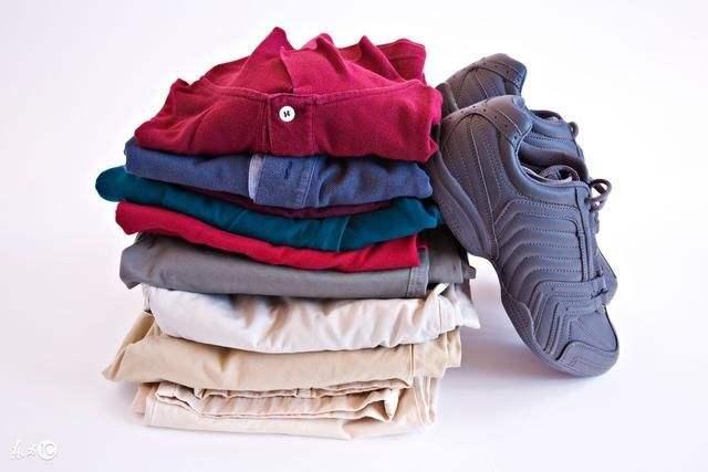 破旧衣服属于什么垃圾分类?