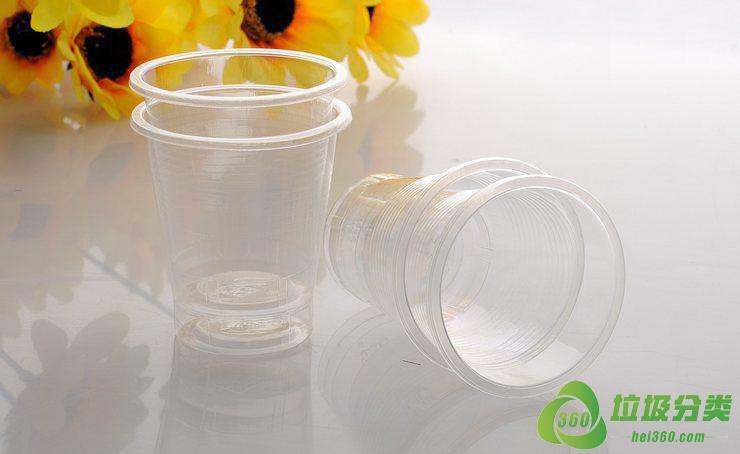 一次性塑料杯子属于什么垃圾分类?