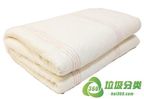 旧棉絮(棉胎、棉絮、棉花被芯、铺盖芯)属于什么垃圾分类?